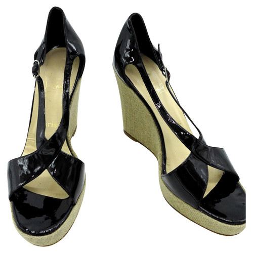 newest 1ddf3 4b7e7 Christian Louboutin Wedges Patent leather in Black - Second ...