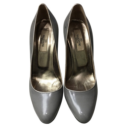 Valentino pumps in grey