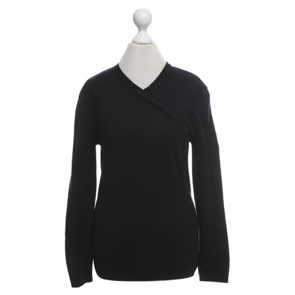 Escada Sweater in black