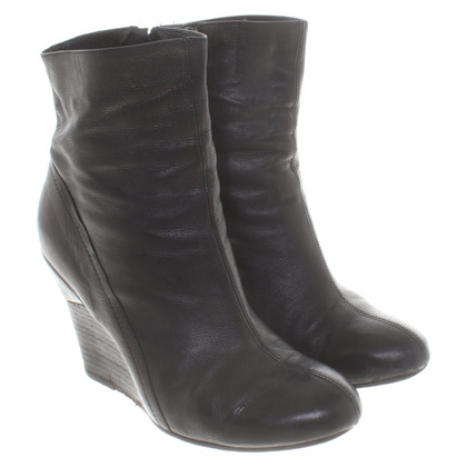 Vic Matie Ankle boots in black