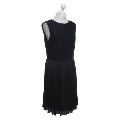 Strenesse Blue Elegant dress in black