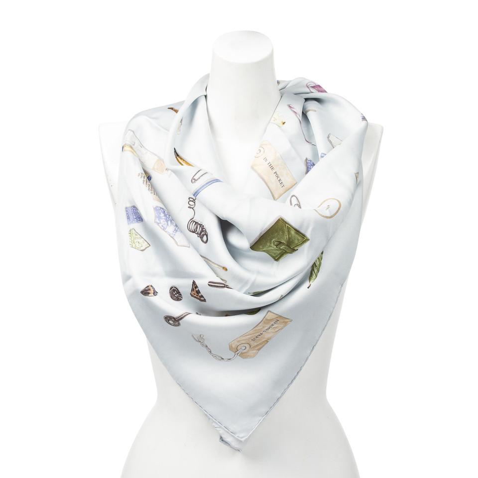 """Hermès Foulard en soie """"In The Pocket"""""""