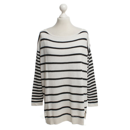 Hugo Boss Sweater with striped pattern