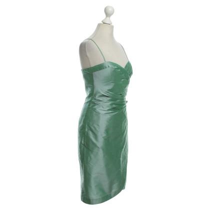 Armani Seidenkleid mit Zierblume
