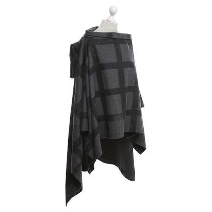 Vivienne Westwood Cape in grey