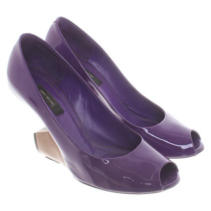 Marc Jacobs pumps in violet