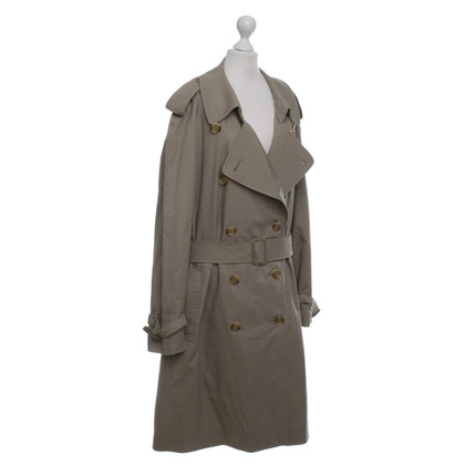 Burberry Trench in Khaki