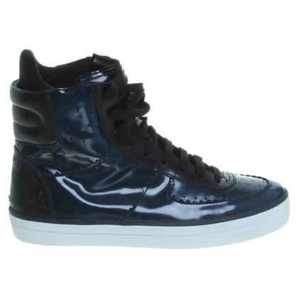 Burberry Hohe Sneaker in Dunkelblau
