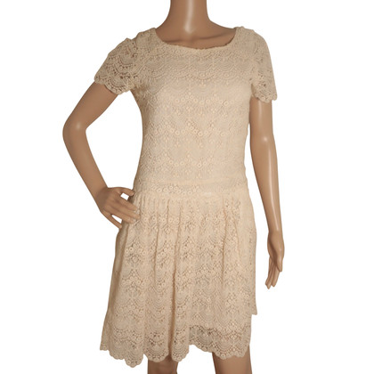 Bash kanten jurk