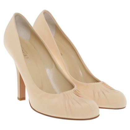 Alexander McQueen Pumps in Nude