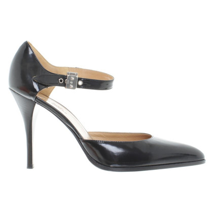 Hermès pumps in nero