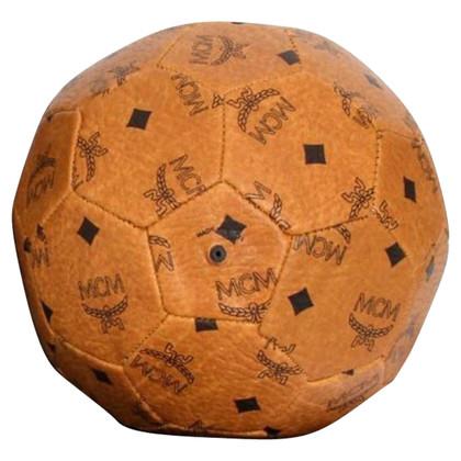 MCM le football rare