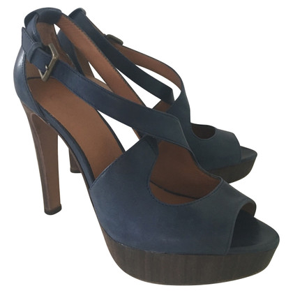 Ash pumps en cuir