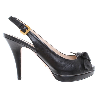 Prada Peep-dita dei piedi in nero