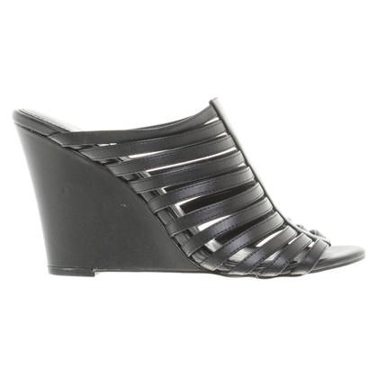 Calvin Klein Strappy Wedges in zwart