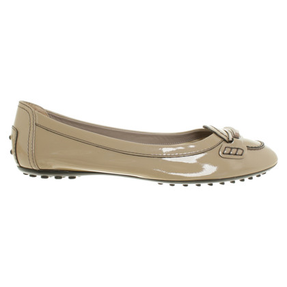 Tod's Patent leather slipper in beige
