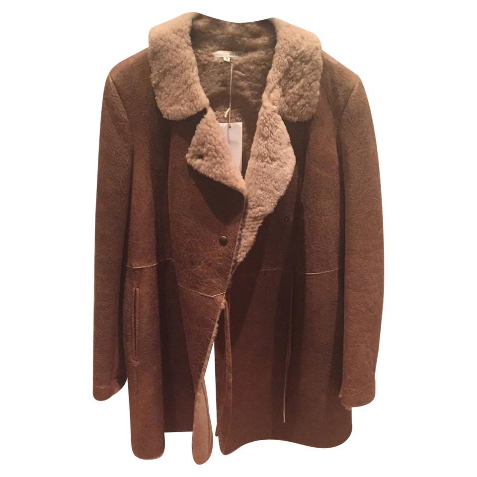 bash manteau de peau de mouton acheter bash manteau de peau de mouton second hand d 39 occasion. Black Bedroom Furniture Sets. Home Design Ideas