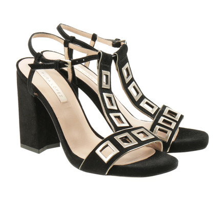 Pura Lopez Sandals with metal eyelets