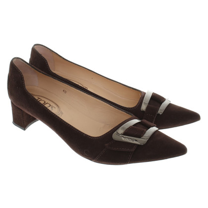 Tod's pumps with metal application