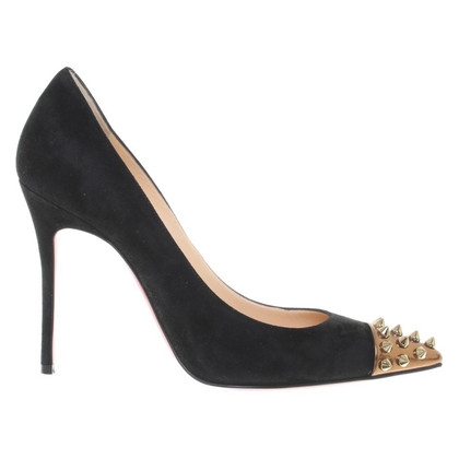 Christian Louboutin pumps con rivetti