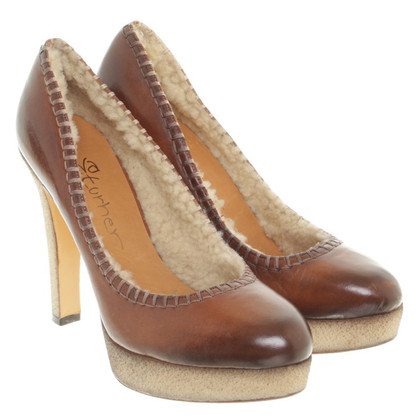 Eva Turner Pumps in Braun