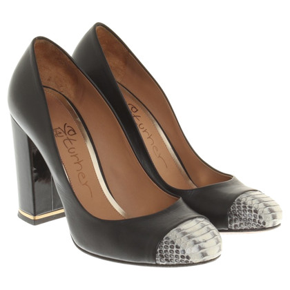 Eva Turner pumps in black