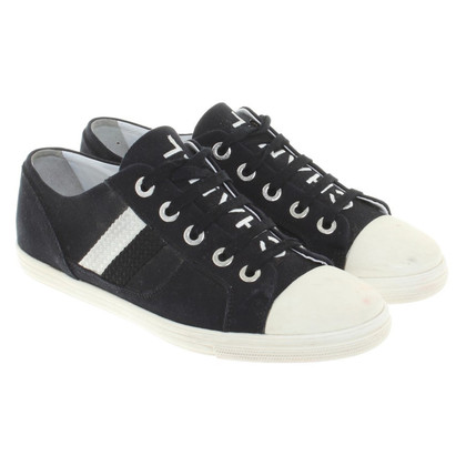 Chanel Sneakers in black / white