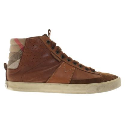 Burberry Sneakers in Braun