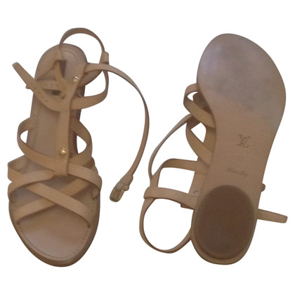 Louis Vuitton Sandals in gladiator look