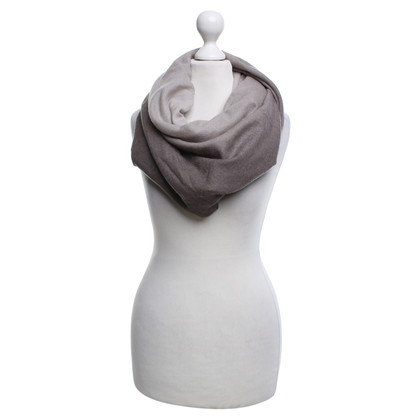 Fabiana Filippi Doek gemaakt van reiner Wolle