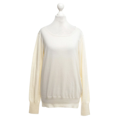 Closed Pullover in Creme