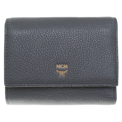 MCM ''Milla 3-Fold Wallet S'' aus Kalbsleder