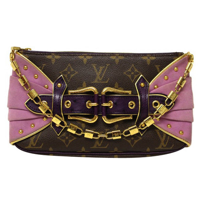 Louis Vuitton  Les Extraordinaires Pochette