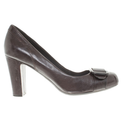 Nine West Pumps in Braun