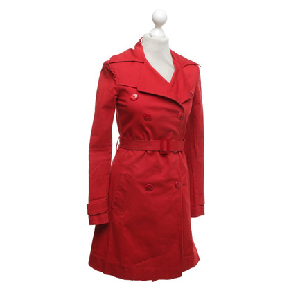 Patrizia Pepe Cappotto rosso con cintura