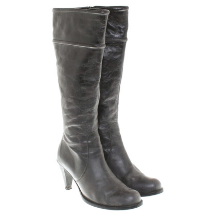 Laurèl Boots in Gray