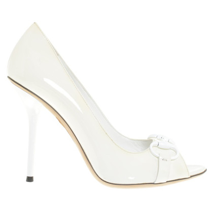 Gucci pumps in crema