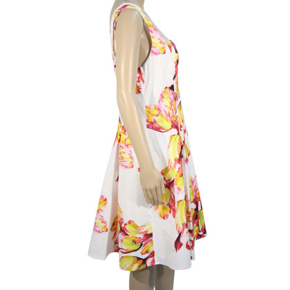 Karen Millen Geblümtes Kleid in Weiß