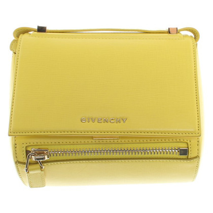 Givenchy Bag in geel