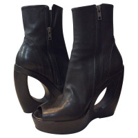 Ann Demeulemeester Ankle boots in black