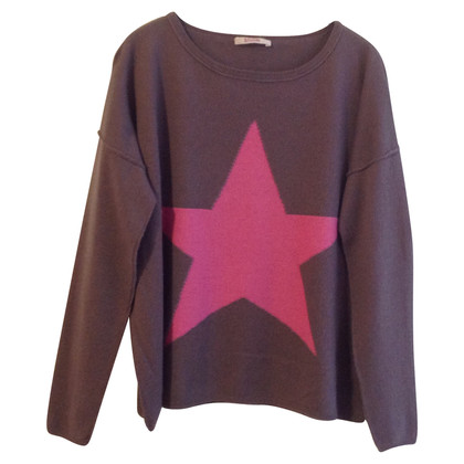Bloom Sweater with star
