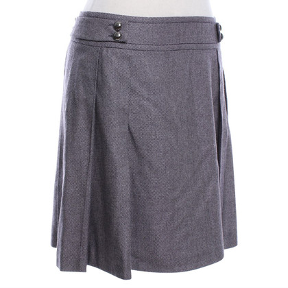 Strenesse skirt with zig-zag pattern