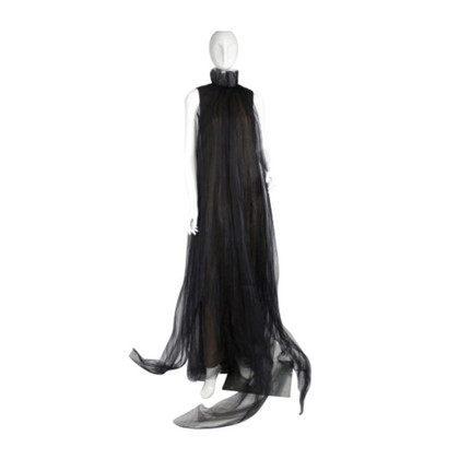 Vera Wang Evening dress of silk organza buying
