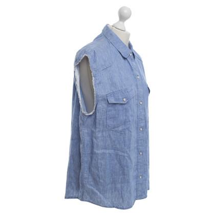 Sandro Lumière Top bleu en jeans look