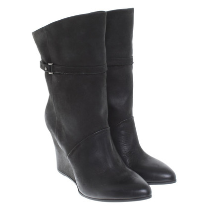 Marc Cain Leather Bootees