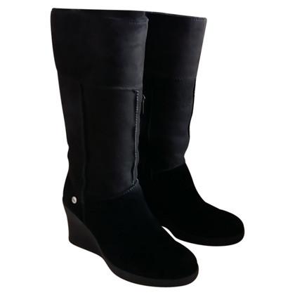 Ugg Schwarze Wildleder-Stiefel
