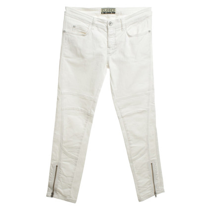 Closed Trouser in White