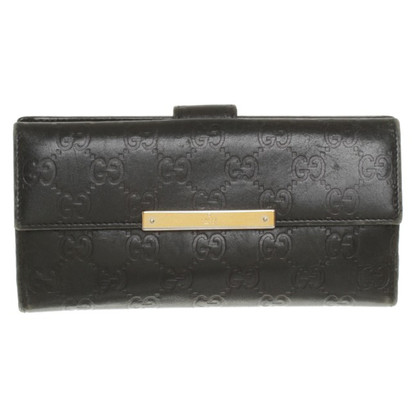 Gucci Wallet with logo