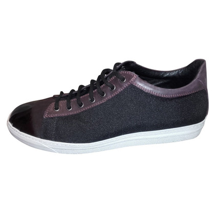 Alexander McQueen Black Plain Trainer