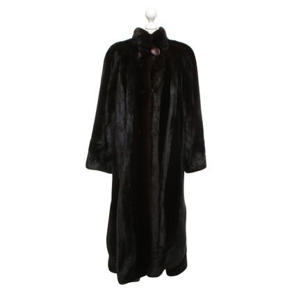 Fendi Mink coat in donkerbruin